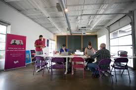 uber office design. Drivers Sign Up To Work With Lyft At The Company\u0027s Office On East Seventh Street. Uber Design Y