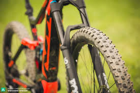 2018 ktm mountain bikes. simple mountain the 29u201d wheel up front has great rollover characteristics and lends itself  to improving the bikeu0027s handling for 2018 ktm mountain bikes s