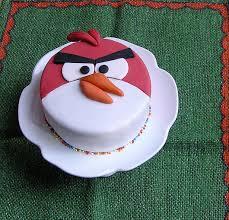 Angry Bird Torte - Olga Bäumler - Fondantissimo