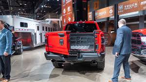 2019 Ram 1500's new split tailgate has the angle for you