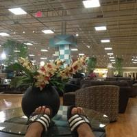 Bob s Discount Furniture Harmon Meadows Secaucus NJ