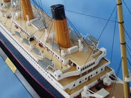 Rc Titanic Sinking With Lights