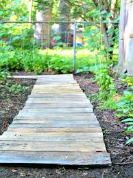 easy wood pallet garden walkway the homespun hydrangea pallet ideas acetyl coa wood ljungdahl pathway garden path