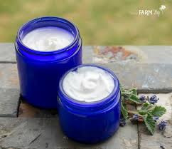 2 gentle homemade lotion recipes for