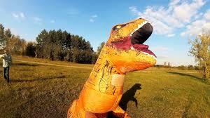 ГИГАНТСКИЙ НАДУВНОЙ КОСТЮМ ДИНОЗАВРА t-rex. ПРИКОЛ ...