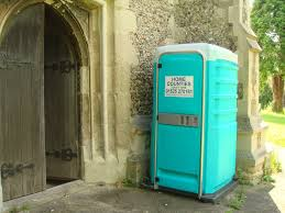 Luxury Portable Toilets   Home Counties Toilet Hire - Luxury portable bathrooms