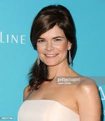 3,910 Betsy Brandt Photos and Premium High Res Pictures - Getty Images