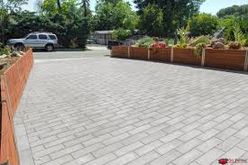 Modern and Simple Driveway Pavers using Olsen Infinity Plank Flat Top Stone.