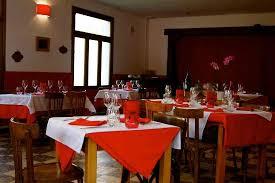 Restaurant P L Example La Salle De Restaurant Bild Von Auberge De La Ptite Marie