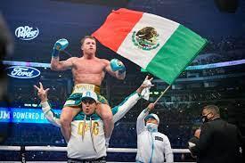 Canelo Alvarez defeats Billy Joe Saunders via TKO, picks up WBO belt
