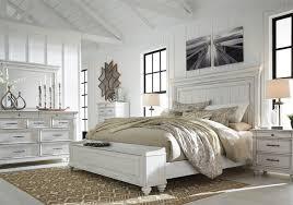 Kanwyn Whitewash King Panel Storage Bedroom Set