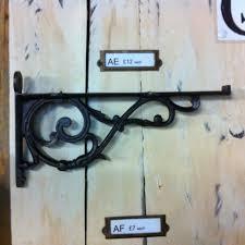 decorative scaffold shelf bracket
