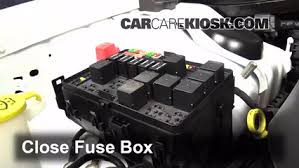 blown fuse check 2011 2014 dodge charger 2013 dodge charger se 6 replace cover secure the cover and test component