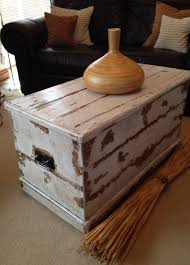 chest trunk coffee table blanket box