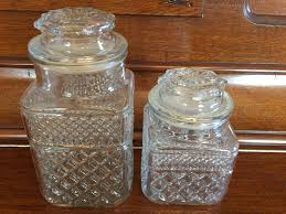 anchor hocking vintage wexford glass canisters sealing lids pressed glass diamond pattern kitchen canisters jars vintage 1970 gallery photo