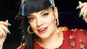 Lily Allen e il make up glitter & fluo del video 'Hard Out Here' – ideale per le ... - Lily-Allen-make-up-4