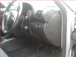 car repair world seat ibiza brake light fuse How To Remove A Fuse From A Fuse Box identify all of the screws you need to remove there are 7 x torx head screws, and 2 x philips heads screws in total 4 x torx screws in the fuse panel remove fuse box from 2001 dodge ram
