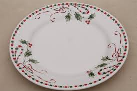 Festive Traditions Christmas holly pattern dinnerware set for 8