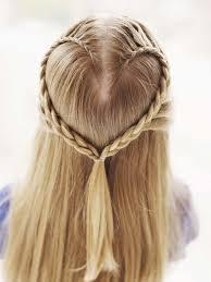 Dívčí Sváteční účesy Vlasy Vaší Dcery Na 11 Způsobů Salóny Krásy