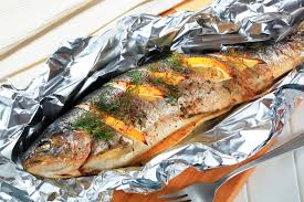 How to Cook Fish on the Grill in Aluminum Foil With Lemon ...