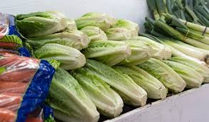 restaurants and grocery s in canada have not officially been told to pull their stocks of romaine lettuce