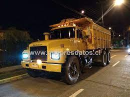 Concepción MACK rd688 11.500.000 vendo renovación, recién reparado  trabajando perfecto . aro 24, tolva 16m3, año 1996. Camiones