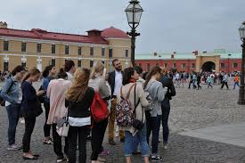Отчёт об учебно ознакомительной выездной практике студентов  Фото 2 Учебно ознакомительная выездная практика студентов искусствоведов 2 курса в Санкт