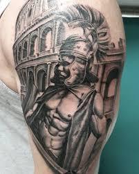 тату гладиатора на плече мужчины фото рисунки эскизы