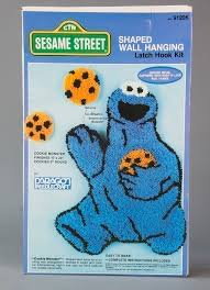 115 5109 sesame street shaped wall hanging latch hook kit craft set creativity toys toys collections the strong