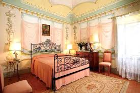 traditional bedroom furniture ideas. Italian Room Decor Wall Painting And Traditional Bedroom Furniture Cant Modern Decorating Ideas In Style Living