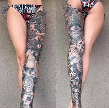 женская татуировка на ноге выше колена красивые татуировки для