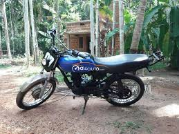 It is priced in the affordable price range and comes with free services and limited warranty from the local. Buy 2005 Bajaj Ct 100 Buy Used Ct Malappuram 19154 2005 Bajaj Ct 100 Used Bike 19154 2005 Bajaj Ct 100 Used Bike A4auto Com