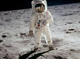 manned space exploration above neil armstrong photographing edwin aldrin as seen by aldrin in the photo he took below from the apollo 11 lunar surface journal