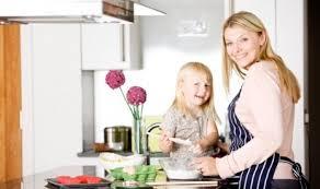 Inilah 3 Usaha Yang Menjanjikan Dan Menguntungkan Bagi Ibu Rumah Tangga
