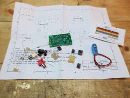 ricks cigar box guitars cbg amp the kit came a schematic and some notes about options for the amplifier circuit i had a cigar box