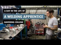 Pipeline Welding Apprentice A Day In The Life Of A Welding Apprentice Youtube