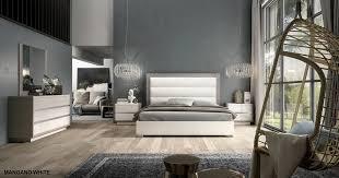 Europrean Collection Mangano White & Silver Stone Modern Bedroom Set