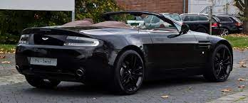 Datei Aston Martin V8 Vantage Roadster Facelift Heckansicht 1 26 Oktober 2012 Düsseldorf Jpg Wikipedia