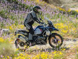Fast Lane Light And Sound Police Motorcycle 2019 Bmw R 1250 Gs Adventure First Ride Cycle World
