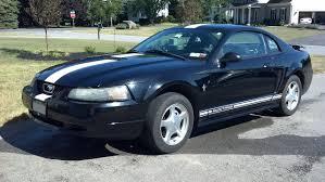 File:2001 Ford Mustang Premium.jpg - Wikimedia Commons