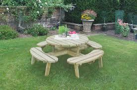 circular picnic table