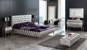 Modern And Elegant Affordable King Size Bedroom Sets With Silver Finish And  Comfy Rug And Black