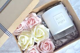 i ll be giving all my friends their gifts in boxes like these a really easy and way to add a little luxury and style to gift wrapping