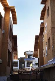 building boom flagstaff adding housing units by the thousands local azdailysun