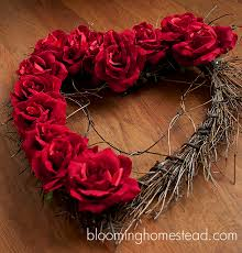 valentine wreaths for your front doorDiy Valentine Wreaths For Your Front Door  thesouvlakihousecom