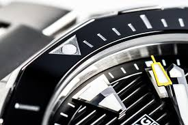 Spotting To 's Heuer Chronext Fake A Tag Real Buyer It Guide Is TFxfw