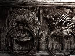 door knocker wallpapers 6 1600 x 1200