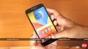 moto e4 plus. moto e4 plus sees over 1 lakh units sold within 24 hours of flipkart launch, sets record | technology news p