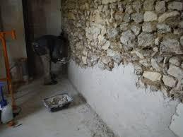 On Enduit Les Murs La Chaux R Nover Soi M Me Une Maison En