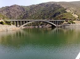 Ponte sul lago Flumendosa